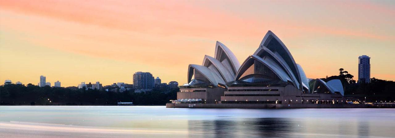 Cidade moderna, cheia de praias, programas culturais e qualidade de vida